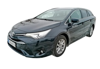 17471am avensis1
