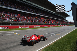 F1 Espanjan osakilpailu katsomolipuilla  08.05.-11.05.2015. ja 3 yön majoitus, sis. 3 päivän F1-lippu, majoitus, puolihoito ja kuljetukset hotellilta kisapaikalle