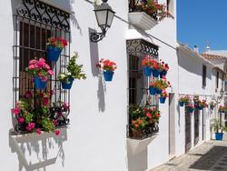 Räätälöity loma Espanjan Aurinkorannnikolla ! Valitse matkan pituus/ kaupunki / hotelli  - ja pyydä tarjous