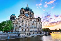 2 yötä kansainvälisessä Berliinissä kahdelle 159 € - maksa nyt 31 €, loput hotellille, sis. majoitus, buffetaamiainen, ja paljon muuta