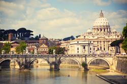 Kaksi yötä historiallisessa Roomassa 79,90 €, maksa nyt 18,90 €, loput hotellille! Sis. majoitus, aamiainen, pullo viiniä, pysäköinti ja muuta.
