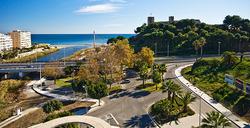 Aurinkorannikko, lennot ja 7 vrk majoitus Fuengirola Beach  hotellissa yhdelle! Sis. suorat meno-paluu lennot Helsingistä Norwegianilla ja lisäoptiona vuokra-auto tai lentokenttäkuljetus. Lähdöt tammi-helmikuussa 2015!
