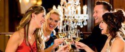 3 yön uudenvuodenpaketti Viron parhaaksi valitussa Vihulan Kartanossa kahdelle! Sisältää 3 yön majoituksen Vihula Manor -hotellissa, aamiaisen, saunan ja sisäaltaan käytön, gaalaillallisen 31.12., viihdeohjelmaa sekä kaksi lasia kuohuvaa
