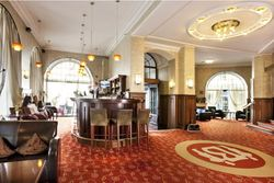 Romanttinen loma boutique hotellissa Tallinnan Vanhassakaupungissa! Sis. 29€ voucher hotellin ravintolaan, majoitus, aamiainen, kuohuviiniä, ruusuja ja hedelmäkori huoneessa