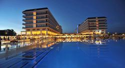 Lento ja 5* hotelli Turkissa viikoksi 11.4. - 18.4.2015. Sis. lennot, lentokenttäkuljetukset, majoitus  ja aamiainen sekä Antalyan kaupunkikierros.