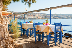 Viikko Kreetalla touko- tai syyskuussa. Sis. lennot, viikon majoitus aamiaisineen, lentokenttäkuljetus, oppaan palvelut.  Lähdöt 3.5.2015 tai 20.9.2015